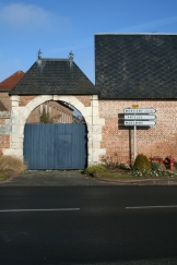 Photo of gates in Montigny
