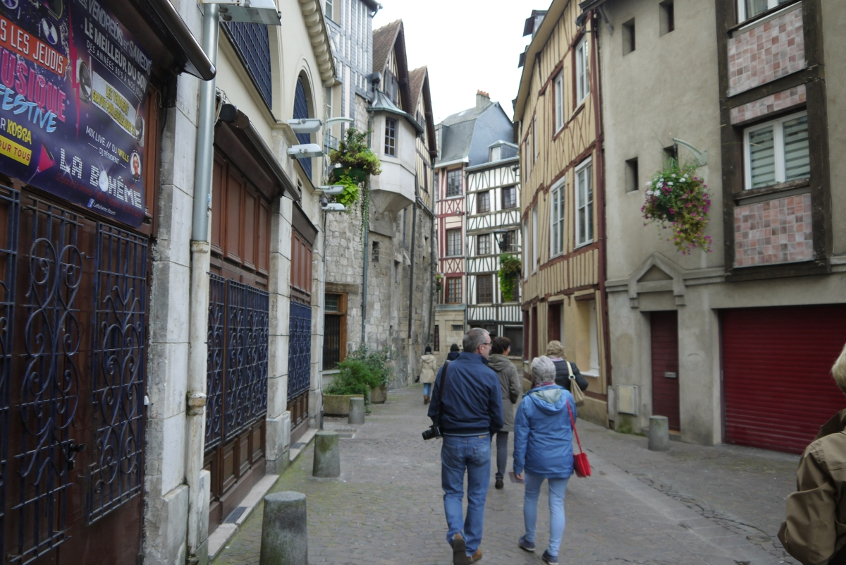 Groups toured the winding medieval streets.